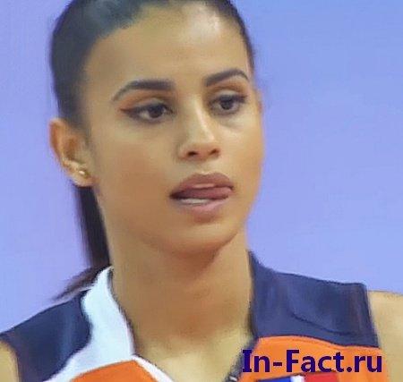 Сексуальная 21 летняя волейболистка из Доминиканы покорила социальные сети